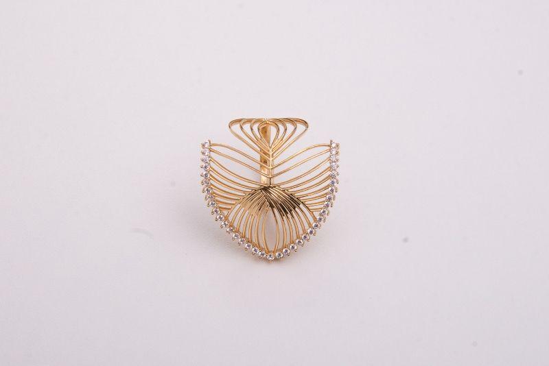 Anel semi joia dourado com zircônias