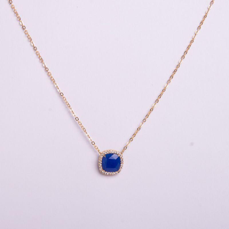 Colar semi jóia dourada com jade azul
