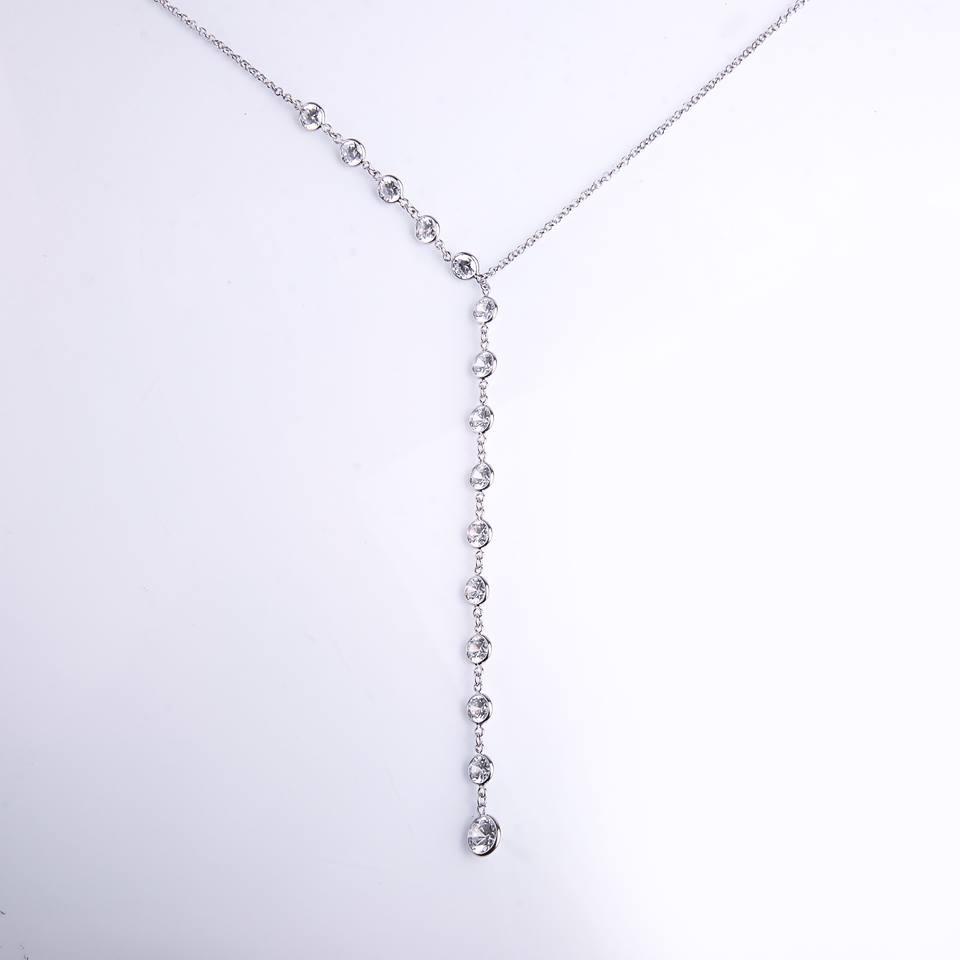 Semi joia colar ródio estilo gravatinha com ponteira de zircônias