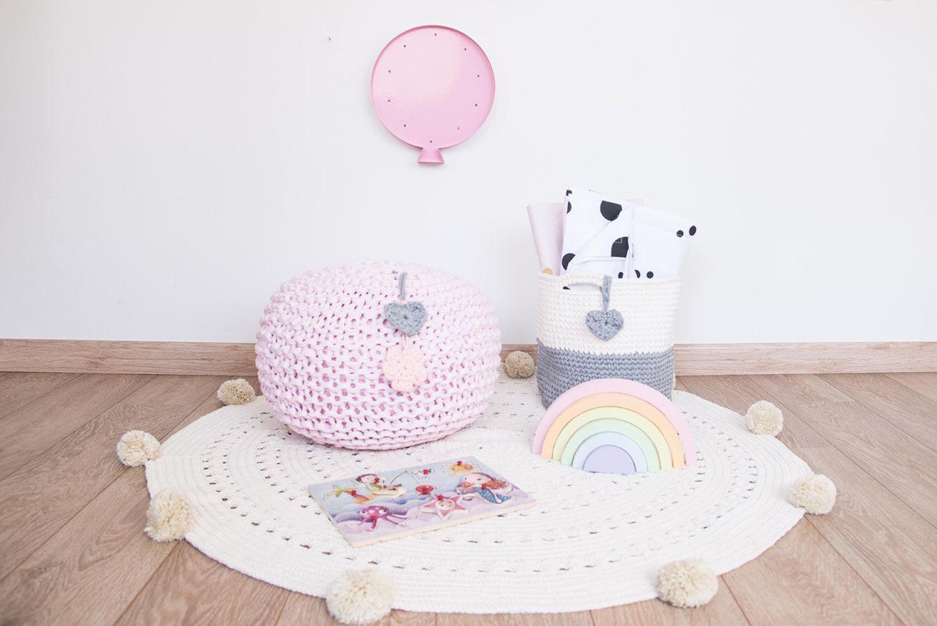 Tapete em Crochet - Cru com Pompons
