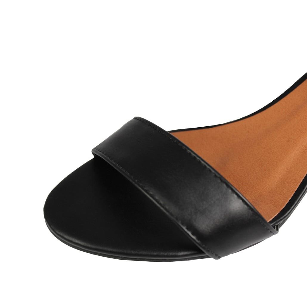 Sandália Salto Baixo Fino Luiza Sobreira Couro Preto Mod. 2012