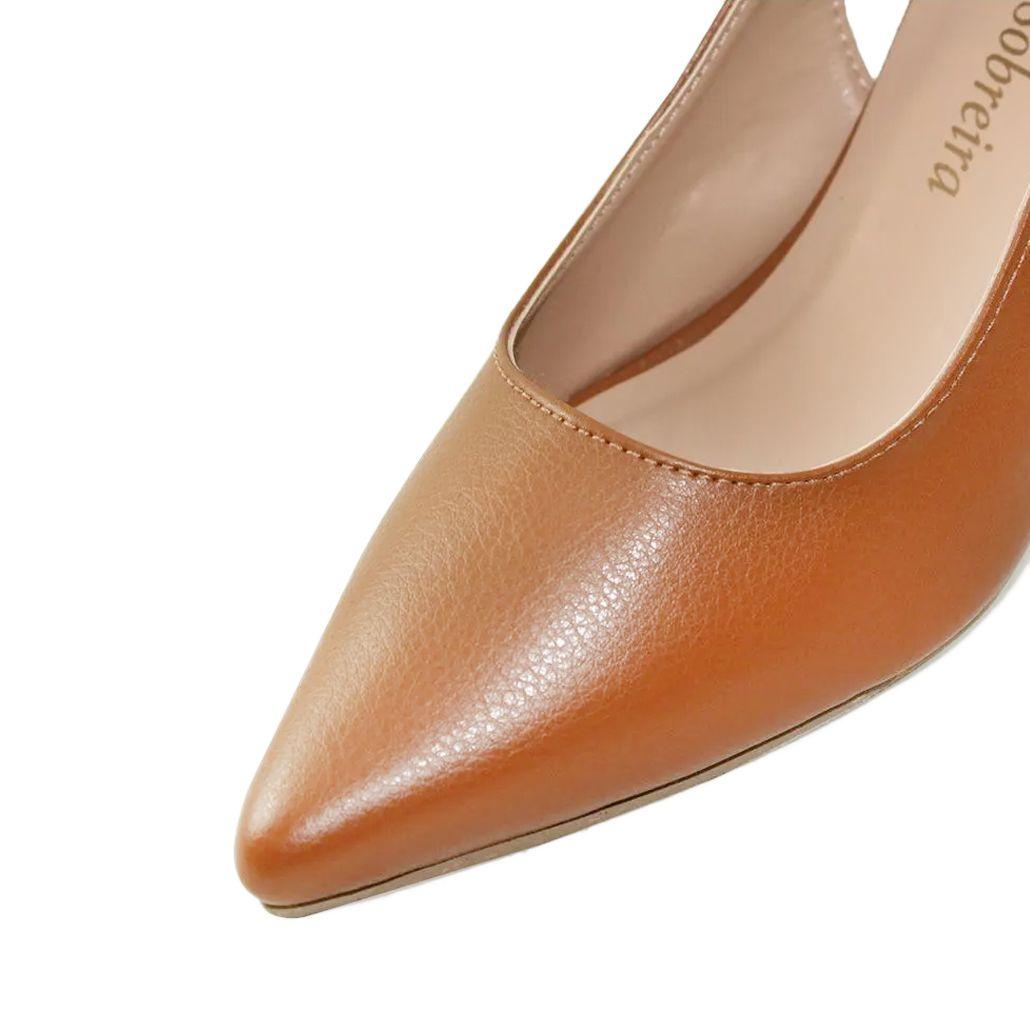 Scarpin Chanel Salto Baixo Fino Luiza Sobreira Couro Caramelo Mod. 1066