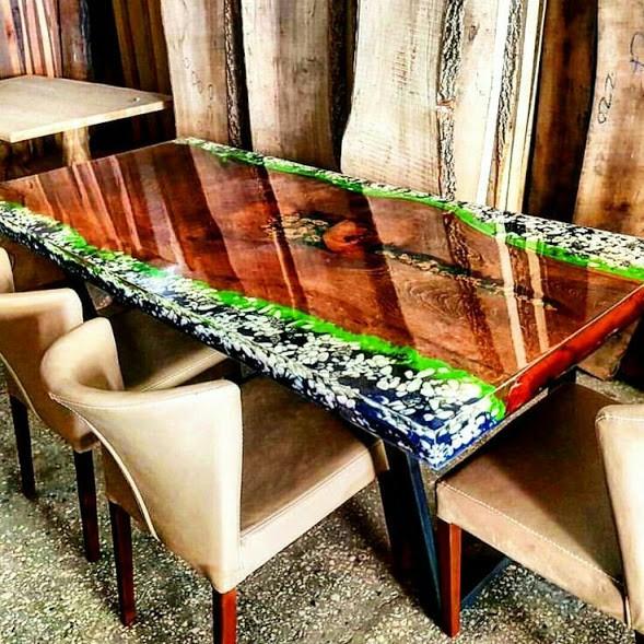 Mesa de jantar com pranchas de madeira e pedras preciosas com resinas 80 cm x 2 00 m mundo - Mesas de exterior de resina ...