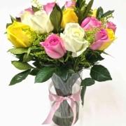 Arranjo Mix 18 Rosas Coloridas