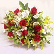 Buquê com 10 rosas e Astromélias
