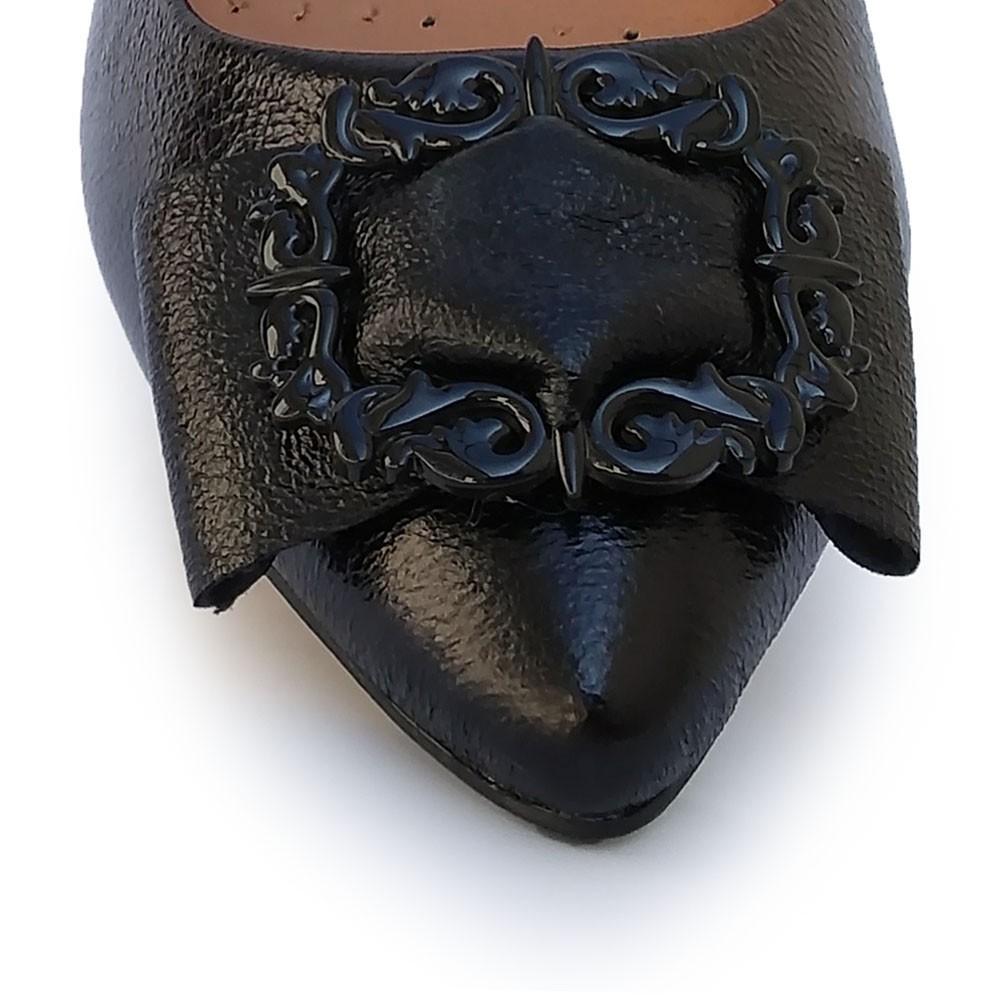 Sapatilha Bico Fino Detalhe Preta Sua Cia 11601