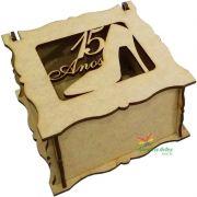 Caixa quadrada 10x10x06cm 15 anos