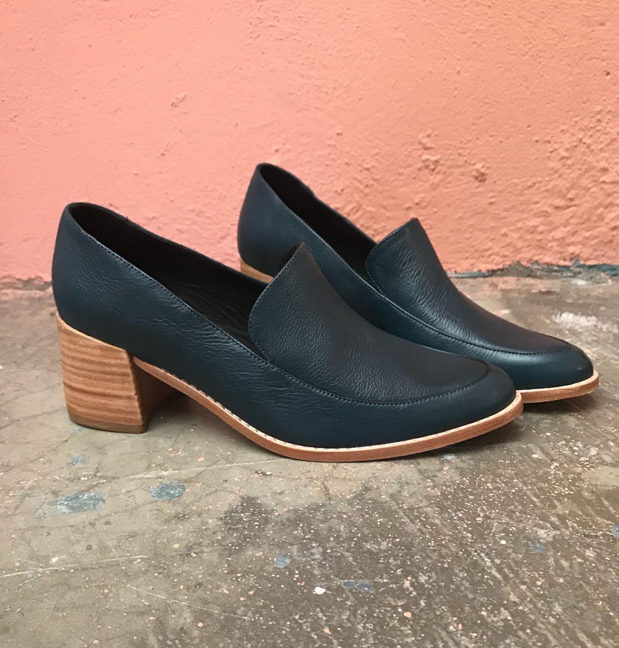 Sapato Napa Soft - Marinho  - Angelina Vai às Compras