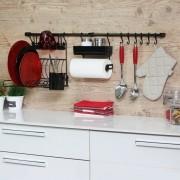 Kit D Linha Requinte Master Cozinha Suspensa Escorredor Porta Tempero/Rolos Ganchos - Metaltru