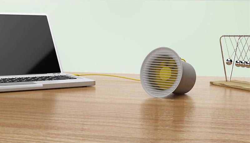Ventilador de Mesa USB Small Horn Desktop Fan