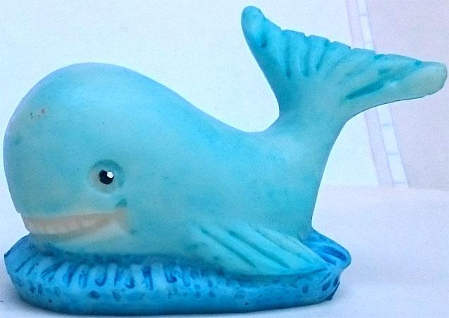 baleias com pedestal  - Momento da Arte