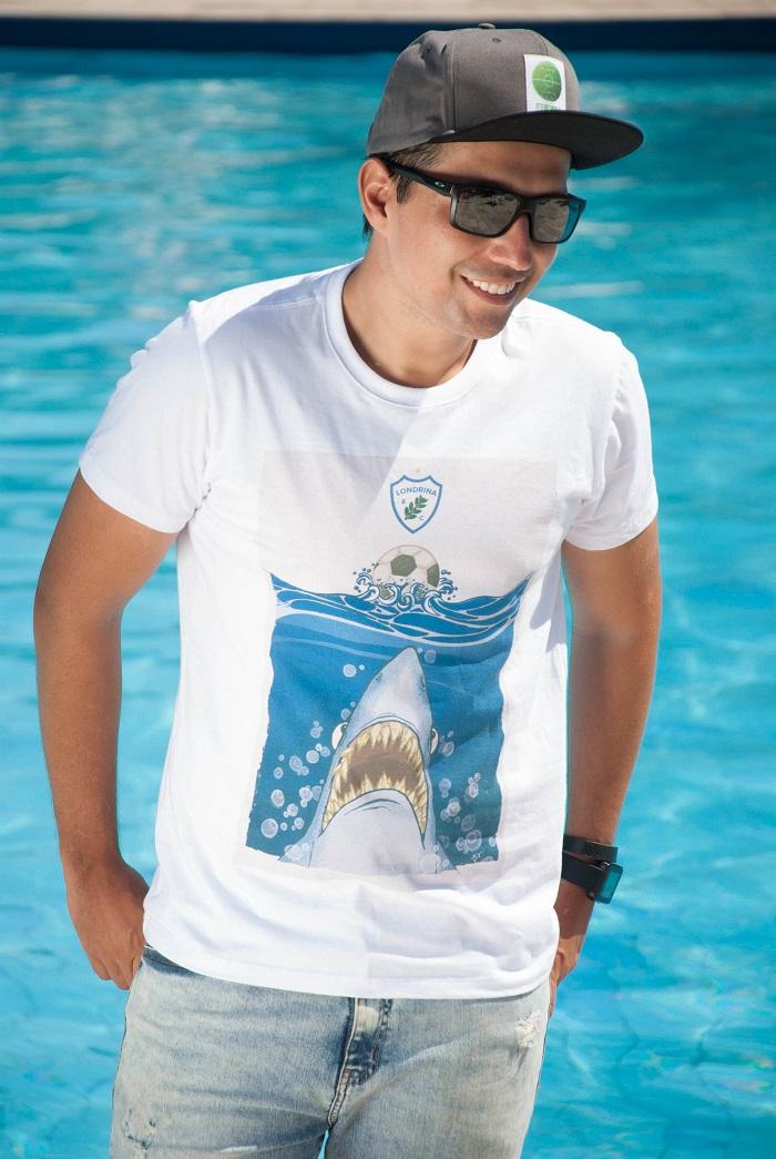 Camiseta O Destemido Tubarão - masculino