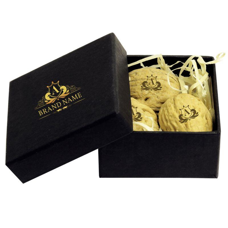 Caixa Rígida 7,5x7,5x4 cm com Nozes Personalizadas - REF.0014800