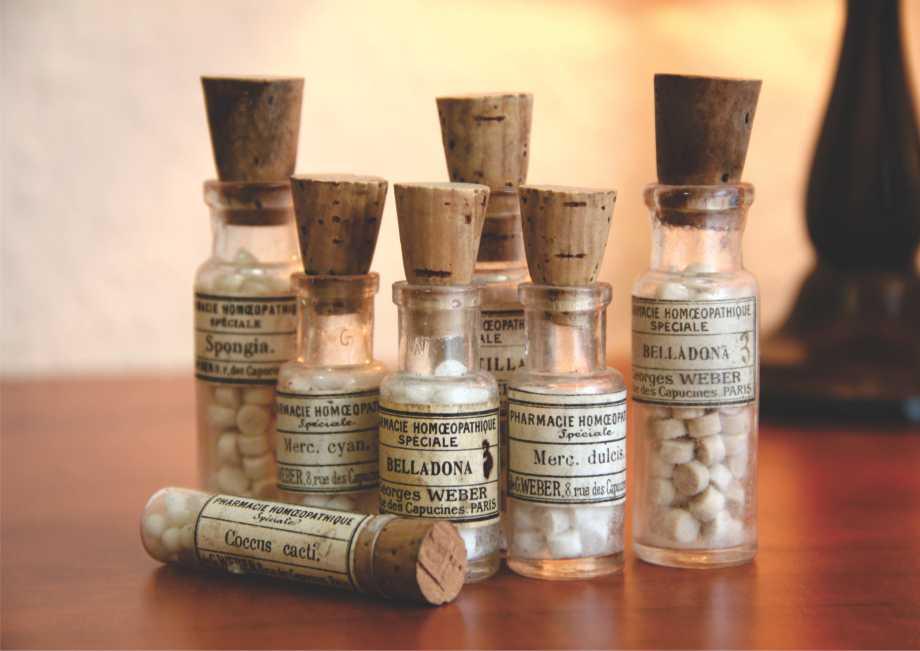 Poster vintage - Frascos Antigos de Remédios Homeopáticos
