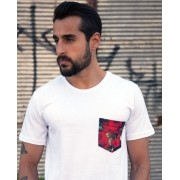 Camiseta Floral Pocket