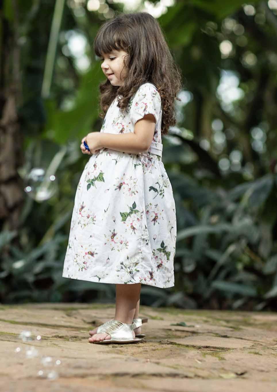 Vestido Feminino Manga Curta Estampa Digital Rosas Infantil