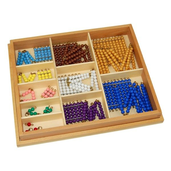 Caixa com Conjunto de Cadeias e Quadrados de Contas Coloridas