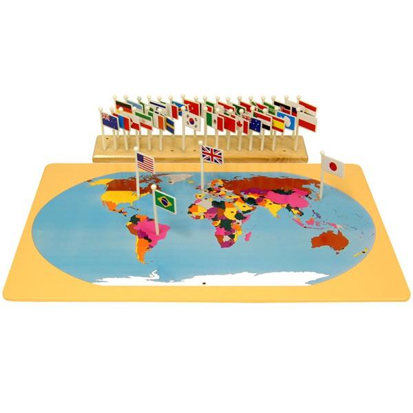 Mapa-Múndi e Bandeiras dos Países com Suporte