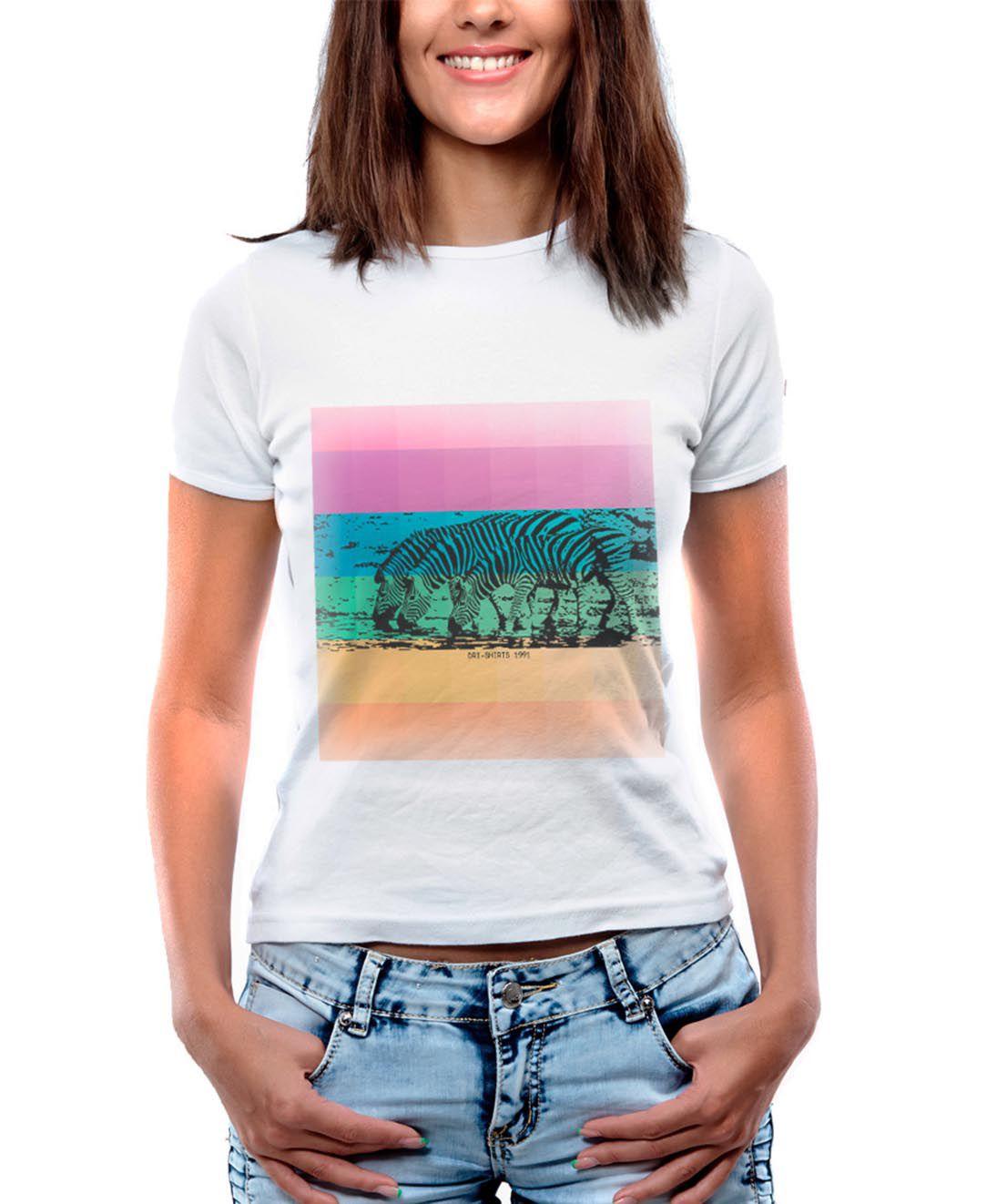 Blusa OutletDri T-Shirt Estampada Zebras Coloridas Branca