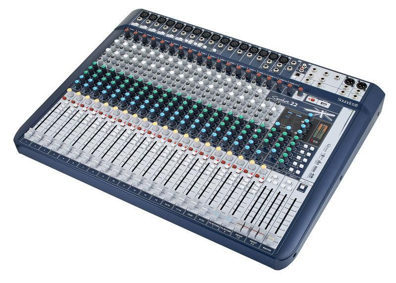 Mesa De Som 22 canais SOUNDCRAFT Signature 22