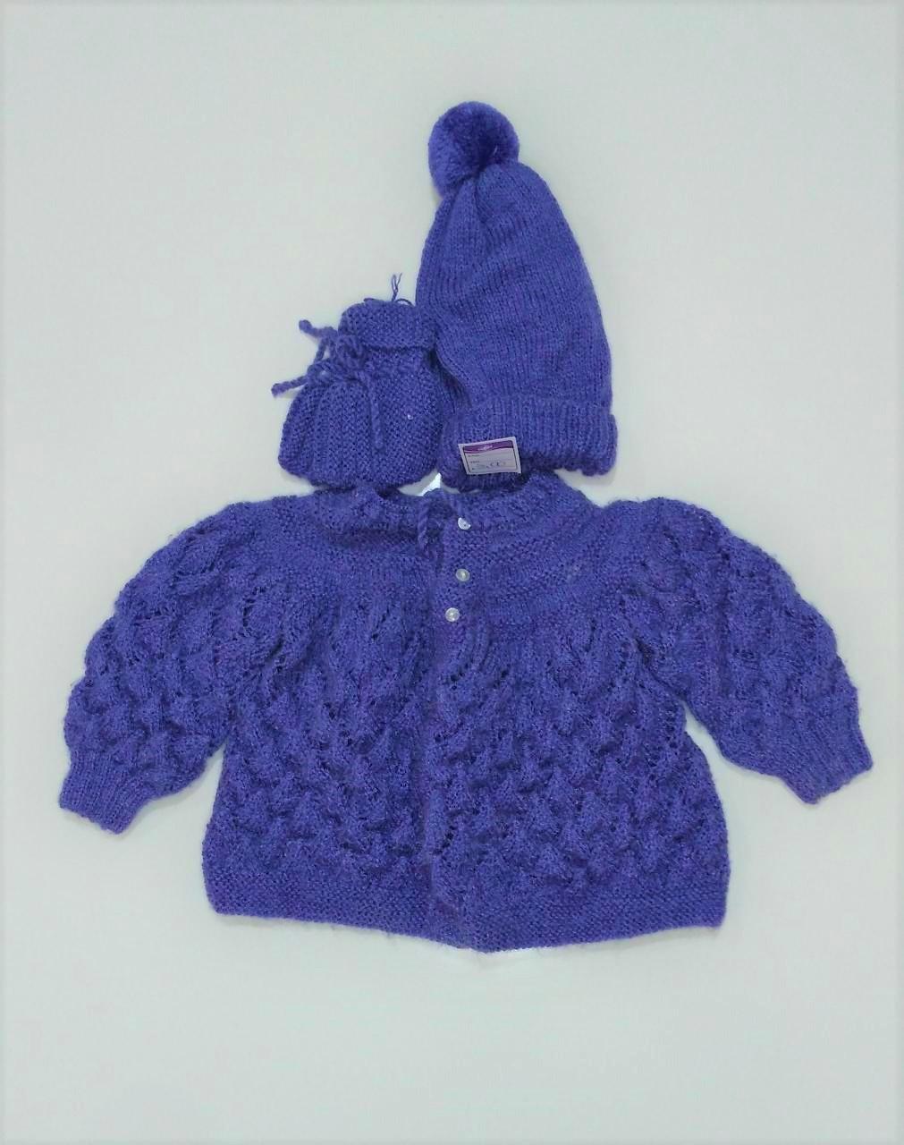 Casaco de tricô - com sapatinho e touca - Bebê 6 meses