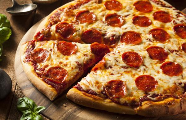 Pizza d´ajuda | Calabresa