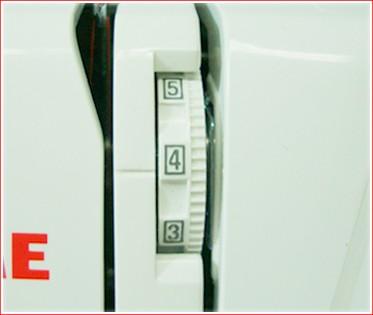 Máquina de Costura 3160QDC Janome