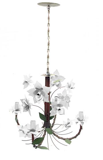 Lustre / Pendente Artesanal de 04 Lâmpadas de Rosas Branco Para Quarto