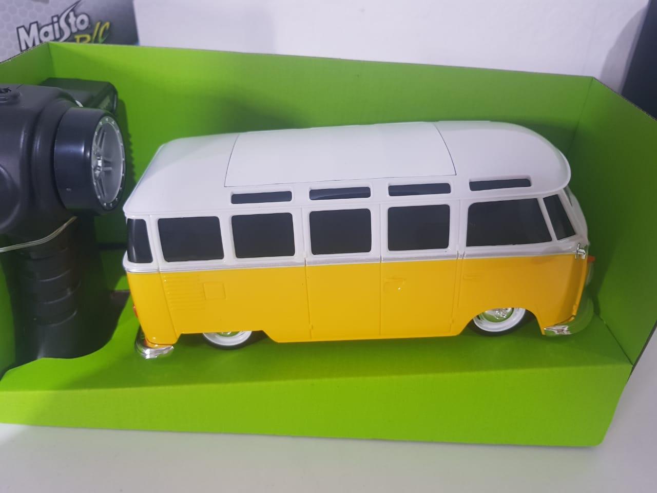 Miniatura Kombi Van Samba Controle Remoto Maisto 1/24