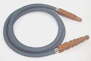 Mangueira de couro longa da marca MYA, com 1,80 m -cod.419