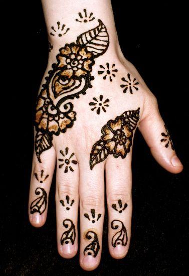 Henna Indiana para tatuagem temporária, bisnaga com 35g. Ref.522