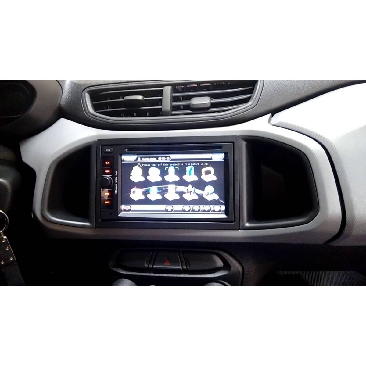 Central Multimídia Chevrolet Cobalt / Onix / Spin LT LS 2013 á 2017 Com DVD GPS Mapa Bluetooth MP3 USB Ipod SD Card Câmera Ré Grátis
