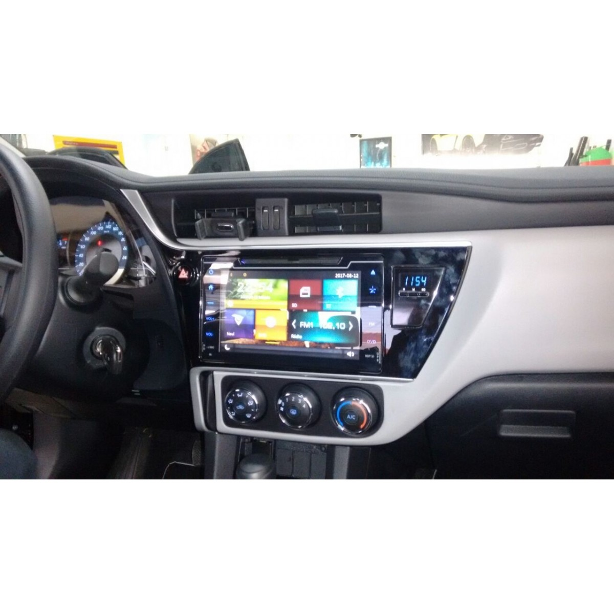 "Central Multimidia Toyota Corolla 2017 / 2019 GLI  - TELA 10""  Camera de ré Espelhamento DVD GPS Mapa Bluetooth MP3 USB Ipod SD Card Câmera Ré Grátis -  HETZER"