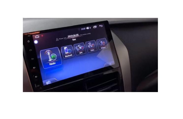 """Central Multimidia Toyota Yaris Hatch Sedan Tela 9"""" Winca S200+ Android 8.1- Camera de ré -  Espelhamento GPS Mapa Bluetooth MP3 USB Ipod SD Card Câmera Ré"""
