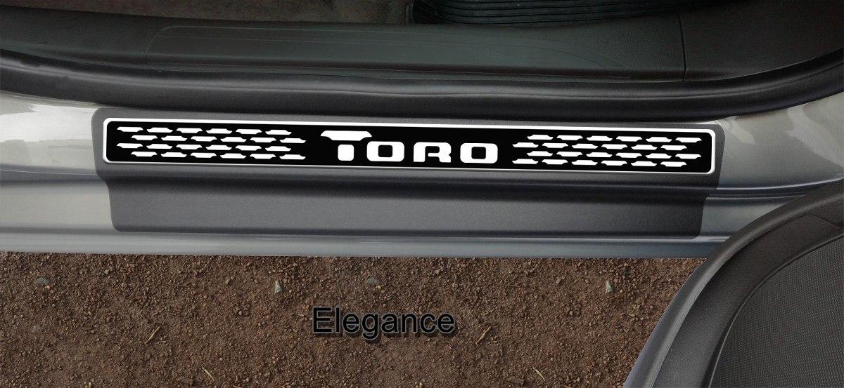 Jogo Soleira Premium Elegance Fiat Toro 2016 2017 2018 - 2 Portas - Vinil + Resinada 4 Peças
