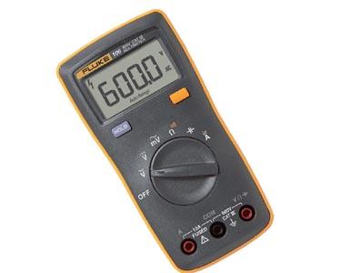 Fluke 106 - Multímetro Digital Fluke Tensão AC/DC: 600V resistência, continuidade e capacitância