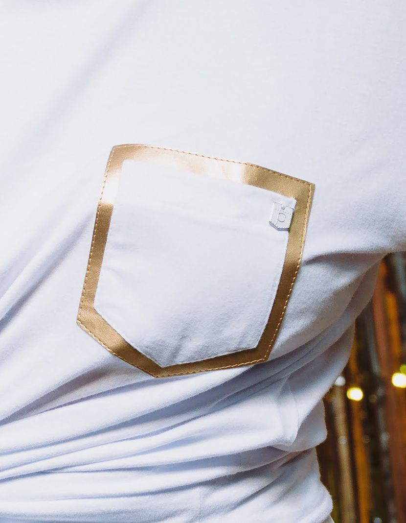 Camiseta Couro Gold/Silver  (Masculino Adulto)