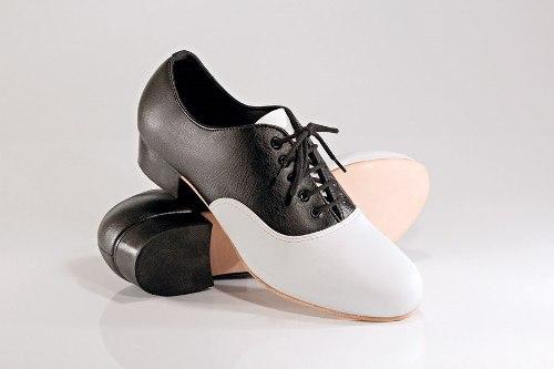 8bb9582644 Sapato Tacheado para Dança Flamenca em Couro - (Ref. FL17 ...