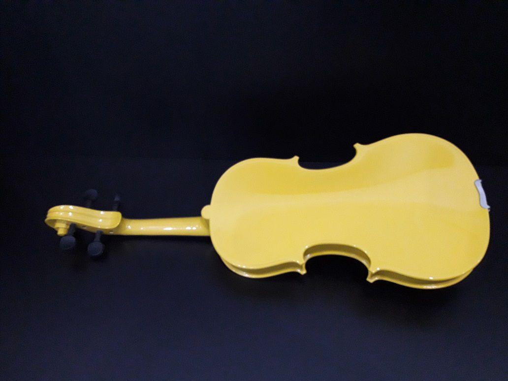 Violino Standard Maciço 4/4 Amarelo - Blaver  - Scavone Instrumentos Musicais