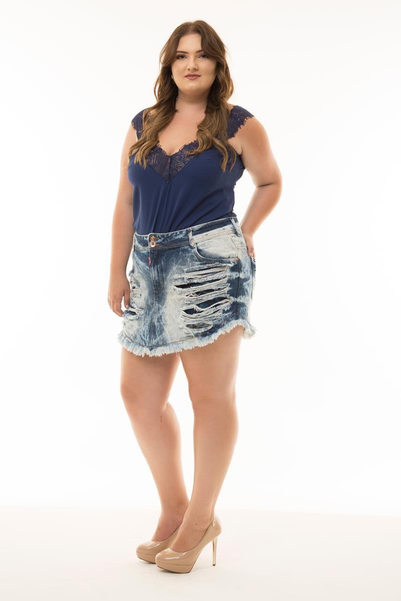 Shorts saia Plus Size jeans rasgado