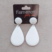 BRINCO flamenco meia gota resina branca 4,5x2,5cm