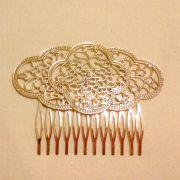PEINECILLO metal flamenco nuvem dourado