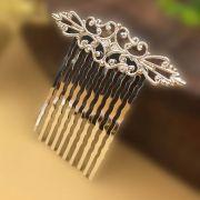 Peinecillo metal flamenco vintage prateado pequeno 4,5cm