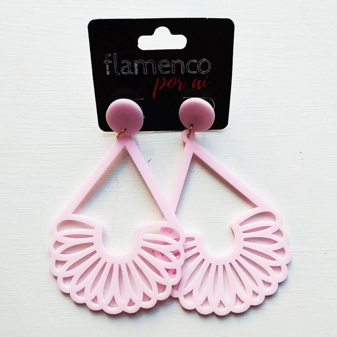 BRINCO flamenco acrílico leve várias cores 4,5x8cm
