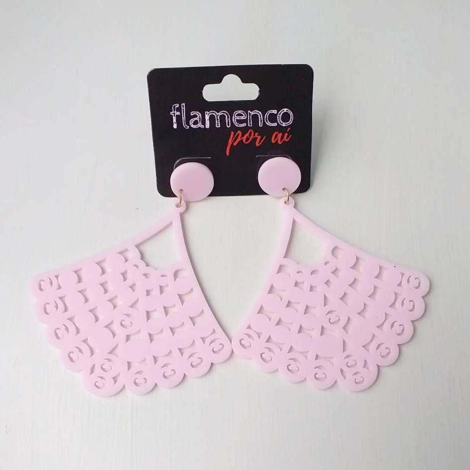 BRINCO flamenco leque acrílico fosco leve 6,5x8cm