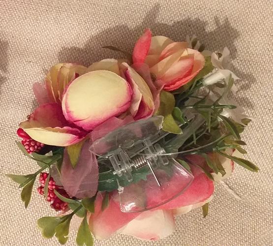 PRESILHA com flores