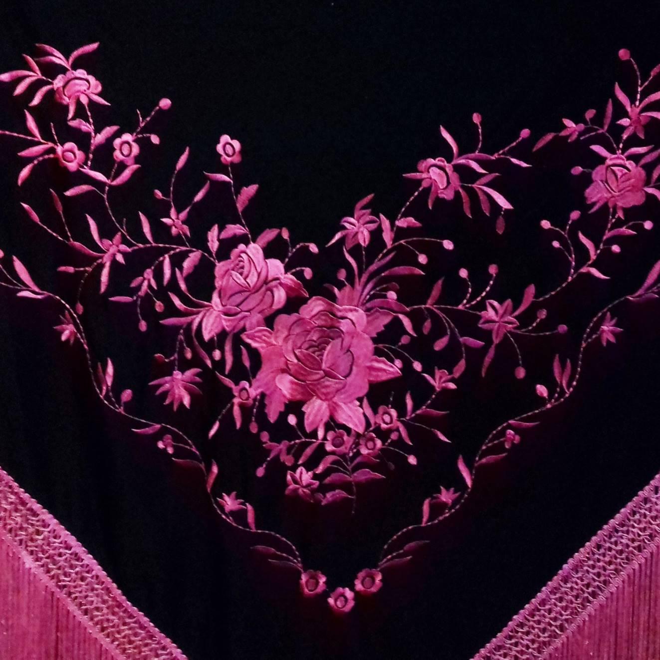 XALE ESPANHOL grande bordado 190x90cm flamenco pink preto