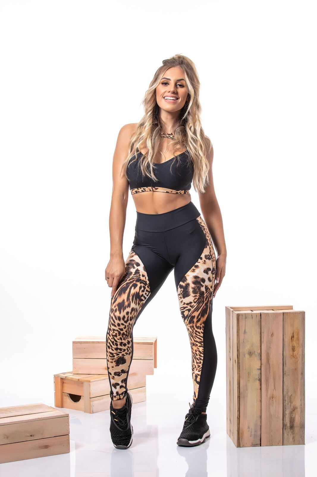 LEGGING ANIMAL PRINT PRETO E ONÇA