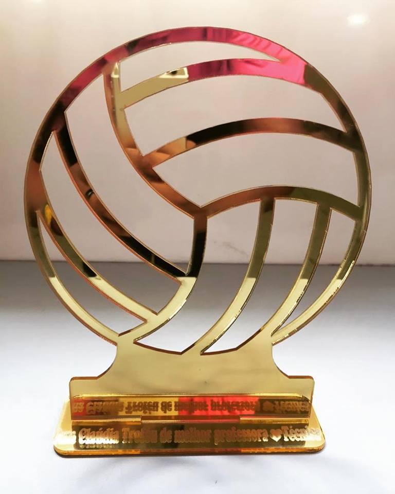 Troféu Bola em Acrílico Dourado 28cm de Altura