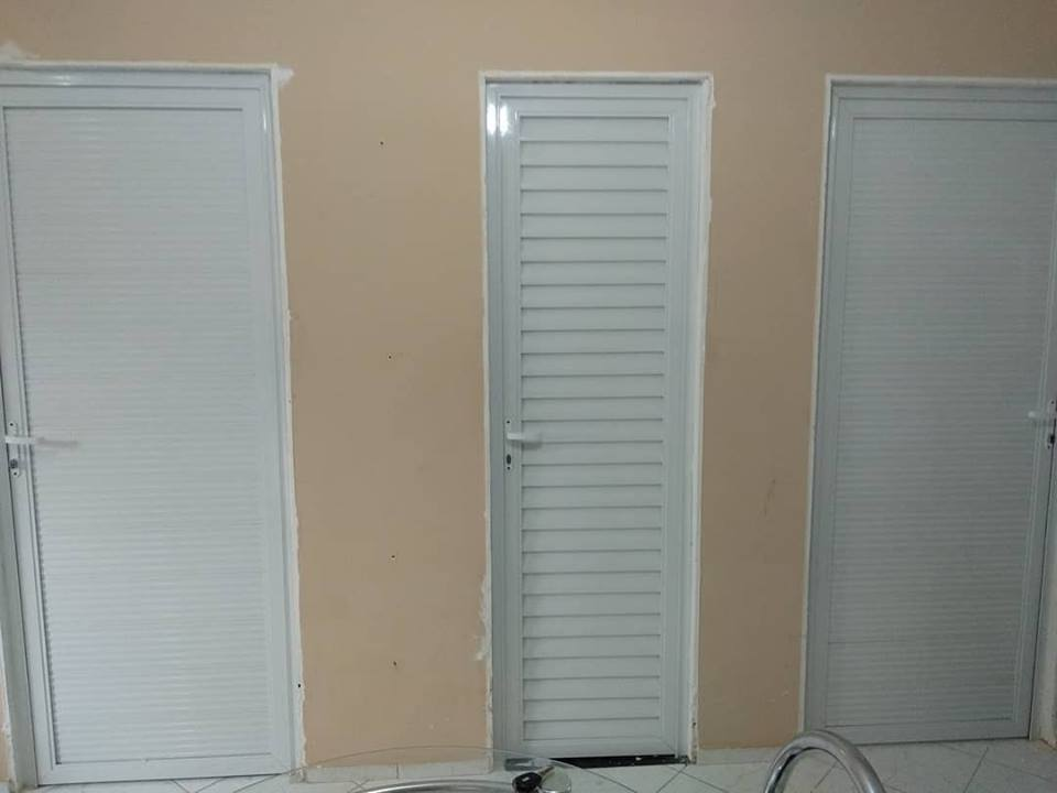 Portas para dormitórios
